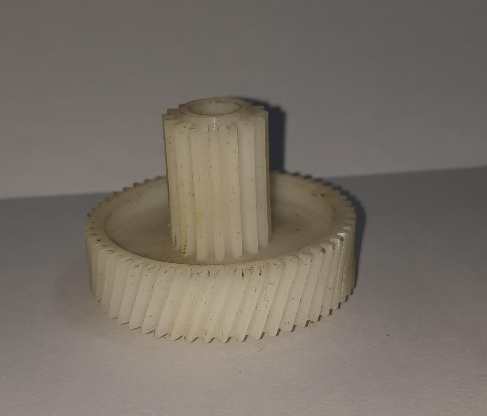 چرخ دنده چرخ گوشت مدل سه(بوش دار)